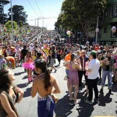 Bay to Breakers photo